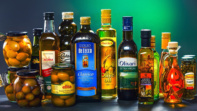 Image of olives and olive oil